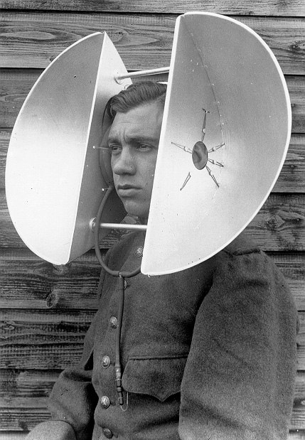wearable listening device developed by Dutch armed forces in 1934.