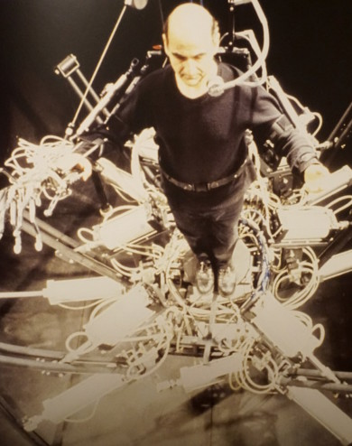 Stelarc performing with 'Exoskeleton', since 1998.